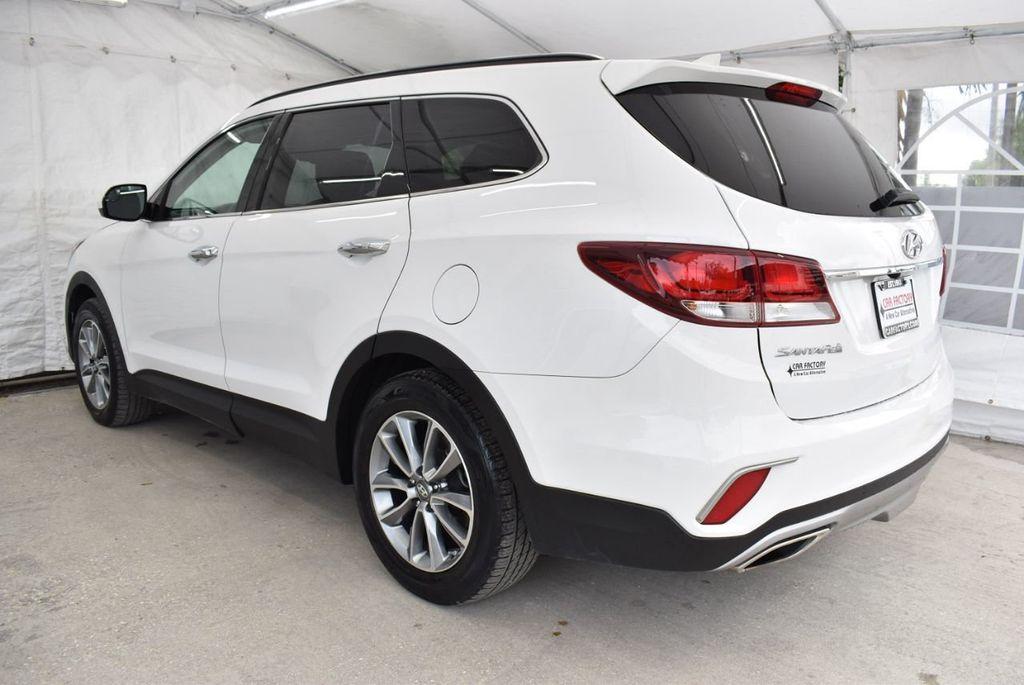2017 Hyundai Santa Fe 6LS2 - 18432684 - 3
