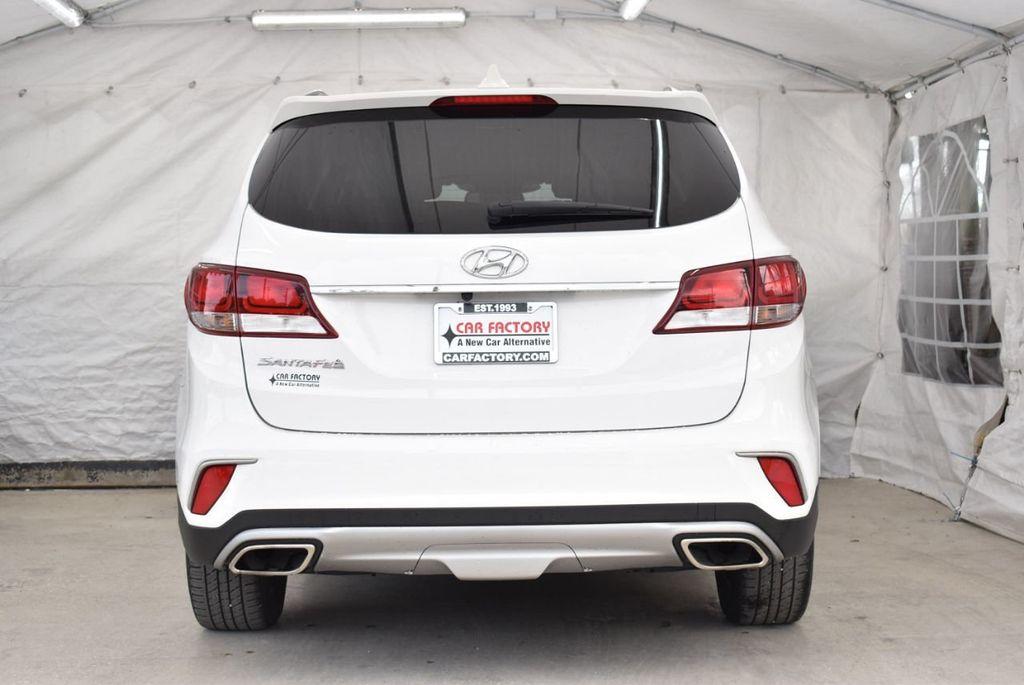 2017 Hyundai Santa Fe 6LS2 - 18432684 - 5