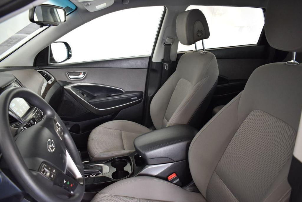 2017 Hyundai Santa Fe Limited 3.3L Automatic - 18093581 - 14
