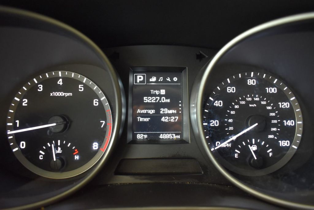 2017 Hyundai Santa Fe Limited 3.3L Automatic - 18093581 - 16