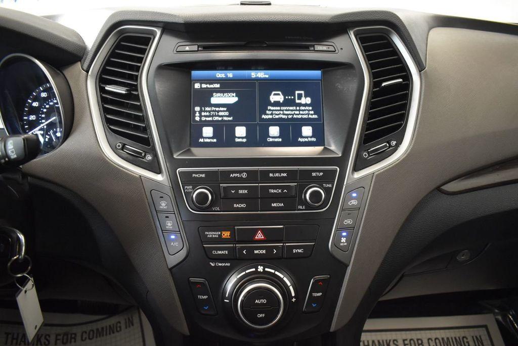 2017 Hyundai Santa Fe Limited 3.3L Automatic - 18093581 - 20