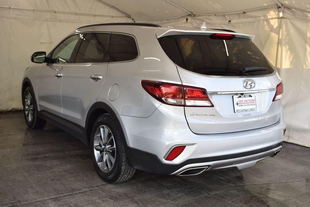 2017 Hyundai Santa Fe Limited 3.3L Automatic - 18093581 - 5