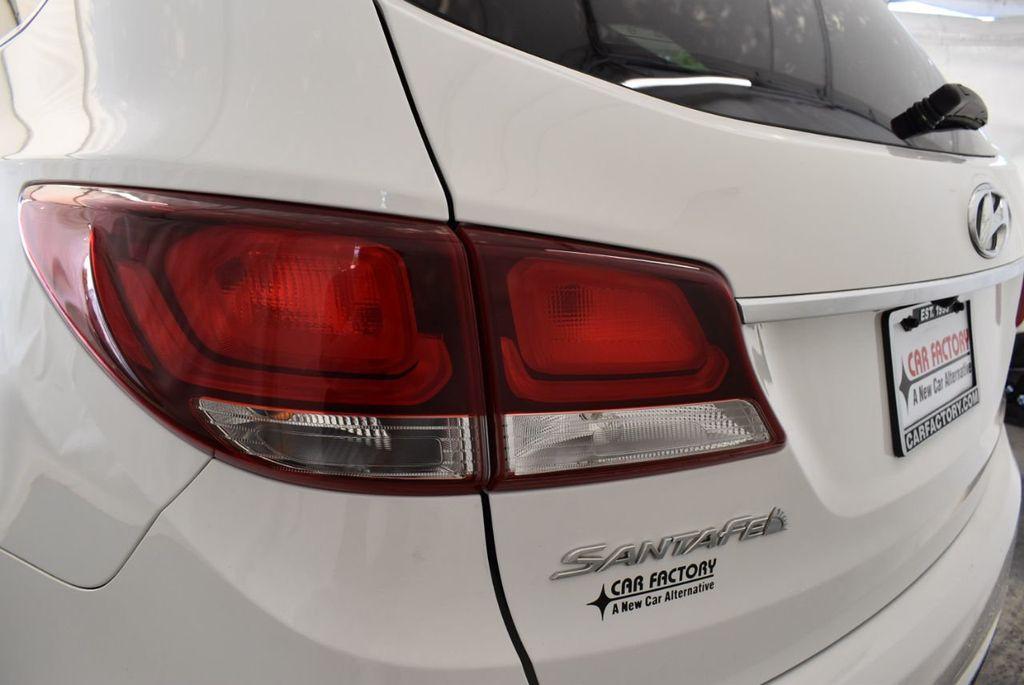 2017 Hyundai Santa Fe Limited 3.3L Automatic - 18093580 - 16
