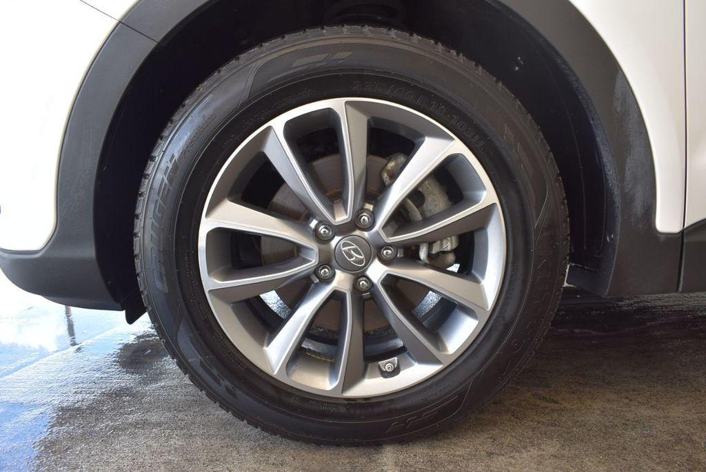 2017 Hyundai Santa Fe Limited 3.3L Automatic - 18093580 - 21