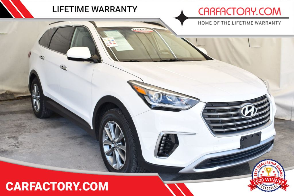 2017 Hyundai Santa Fe SE 3.3L Automatic - 17942445 - 0