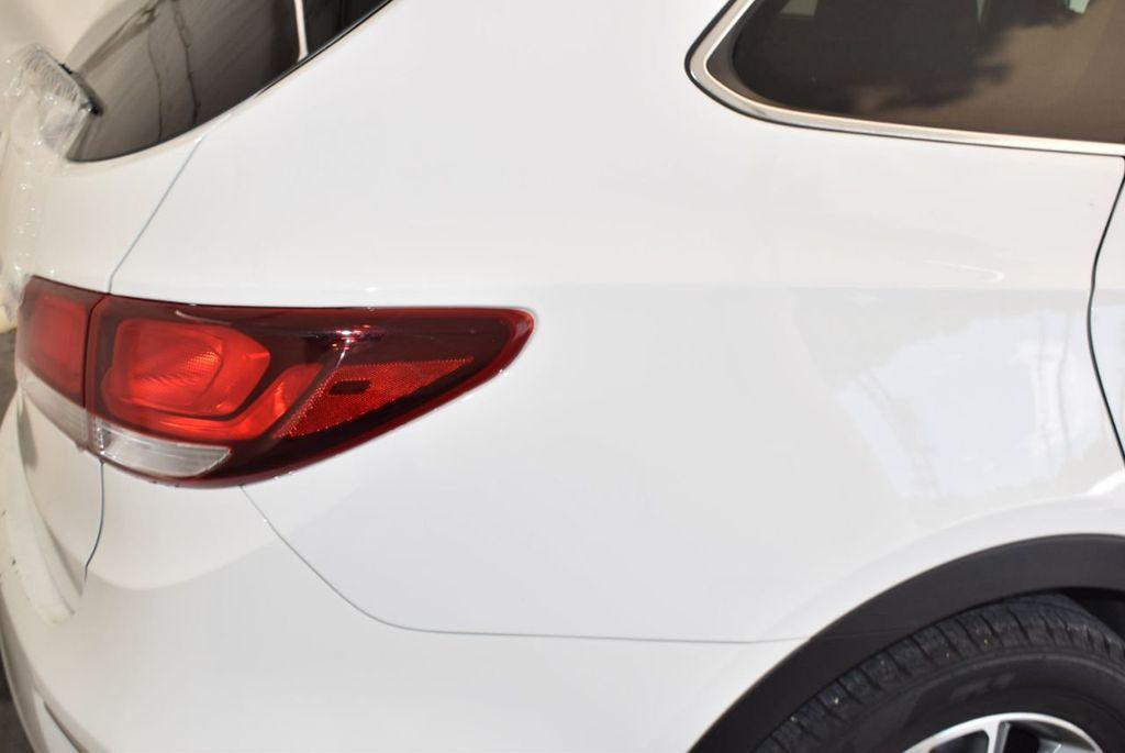 2017 Hyundai Santa Fe SE 3.3L Automatic - 17942445 - 7