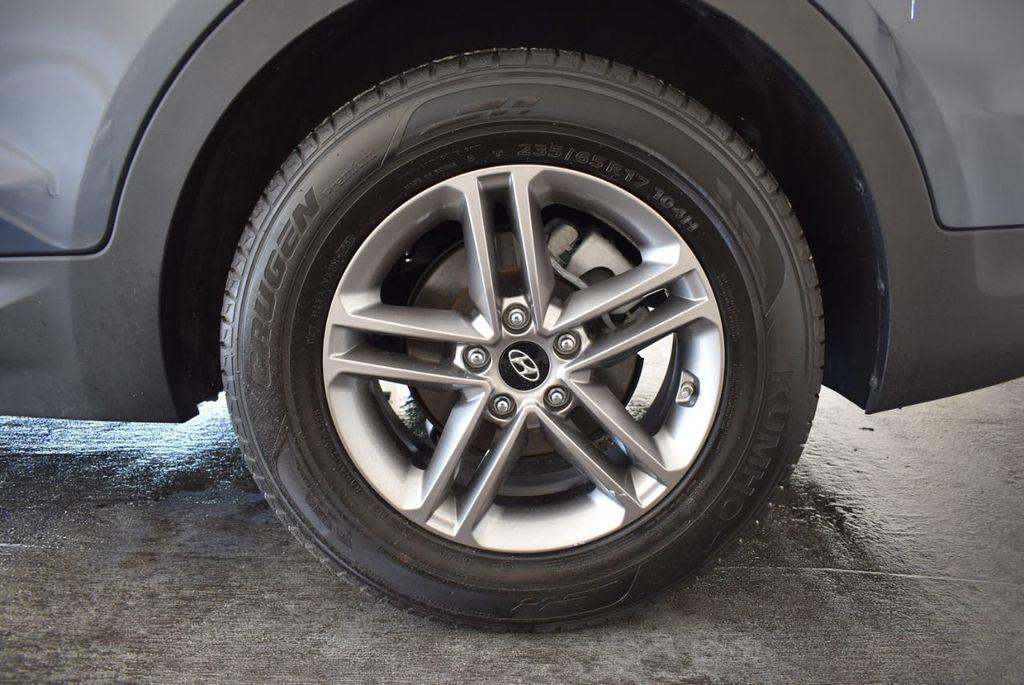 2017 Hyundai Santa Fe Sport 2.4L Automatic - 18093583 - 10