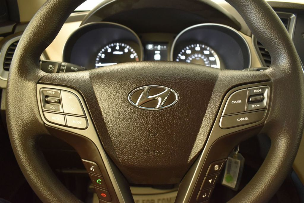 2017 Hyundai Santa Fe Sport 2.4L Automatic - 18093583 - 17