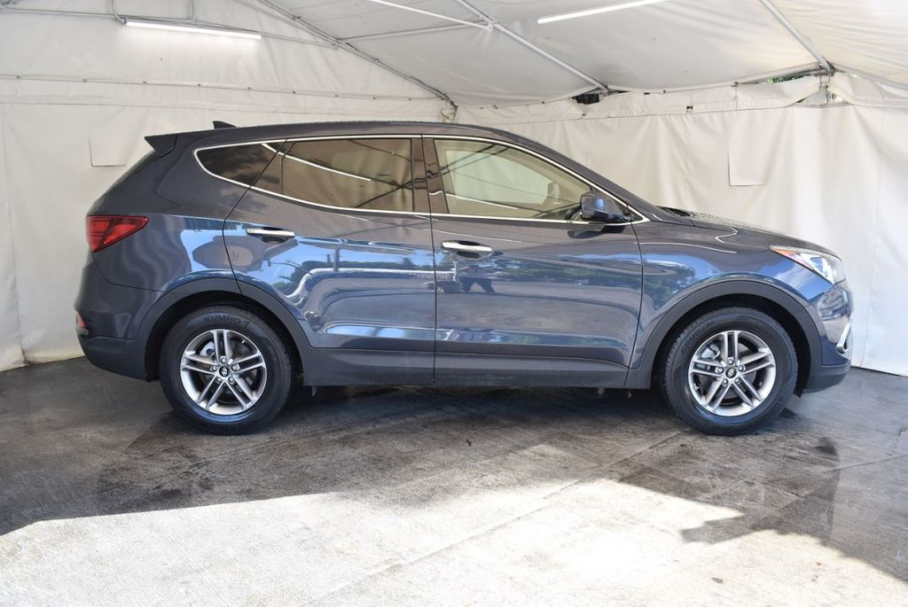 2017 Hyundai Santa Fe Sport 2.4L Automatic - 18093583 - 2