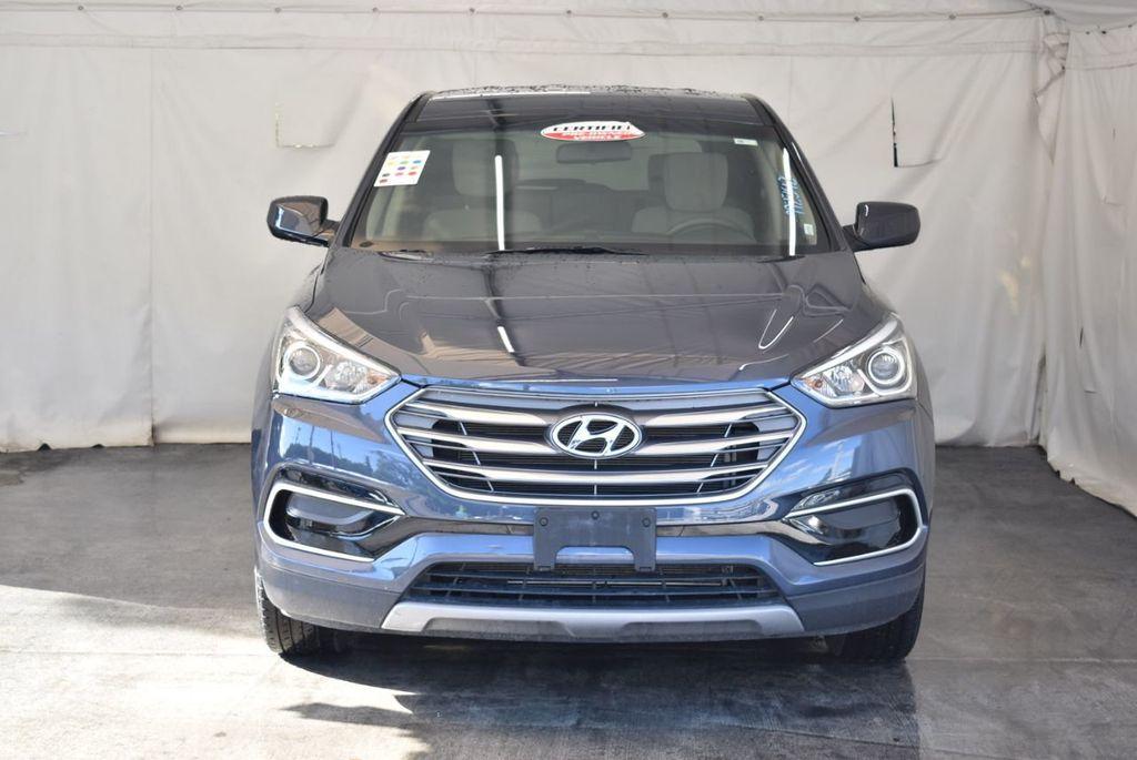 2017 Hyundai Santa Fe Sport 2.4L Automatic - 18093583 - 3