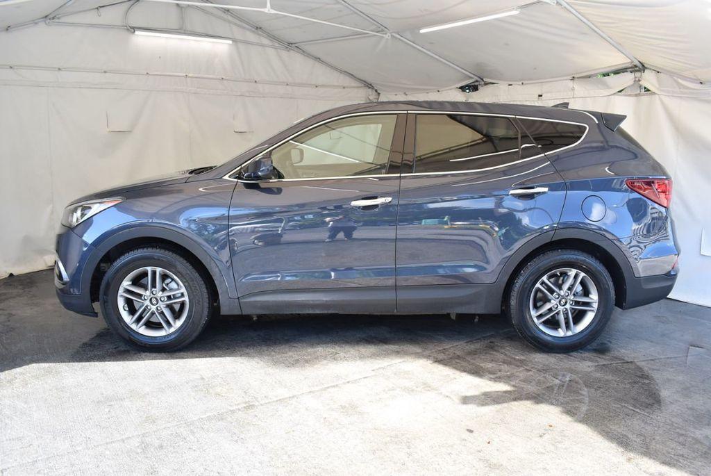 2017 Hyundai Santa Fe Sport 2.4L Automatic - 18093583 - 4