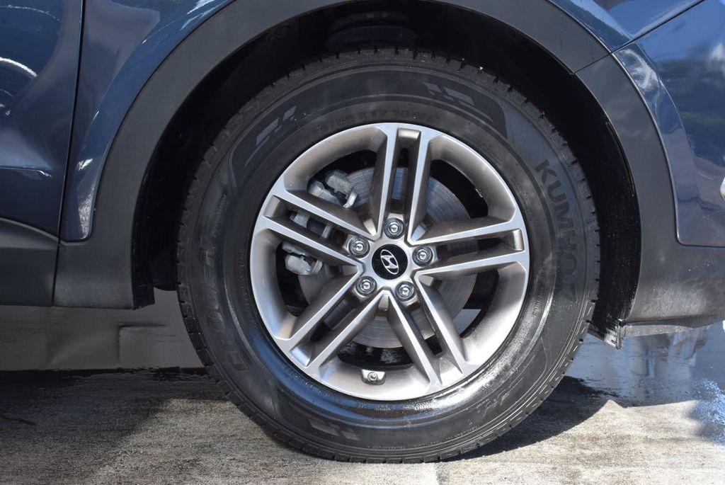 2017 Hyundai Santa Fe Sport 2.4L Automatic - 18093583 - 8