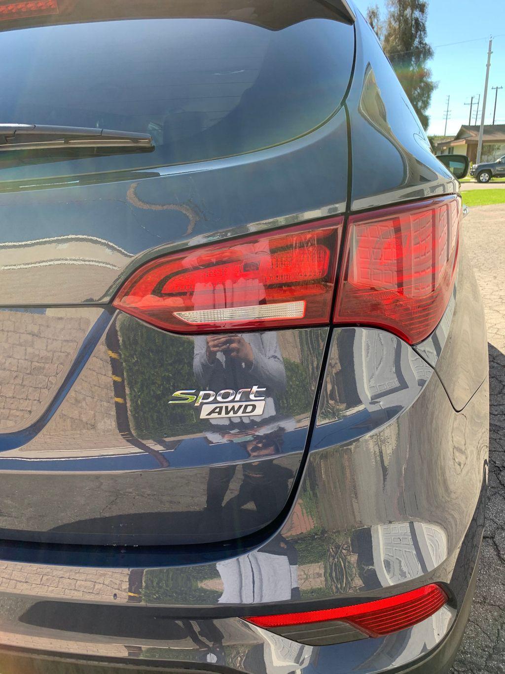 2017 Hyundai Santa Fe Sport 2.4L Automatic - 18574995 - 9