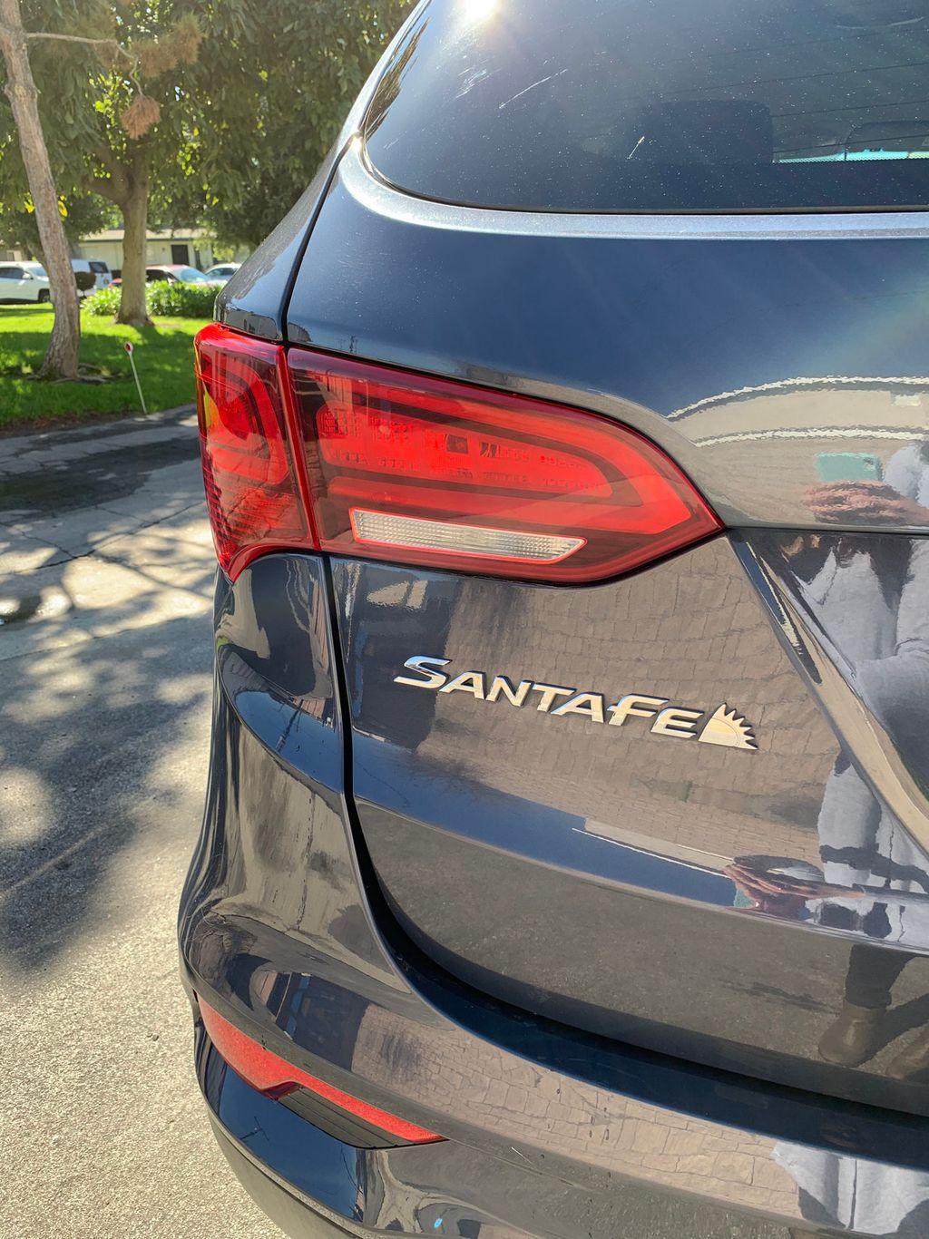 2017 Hyundai Santa Fe Sport 2.4L Automatic - 18574995 - 10