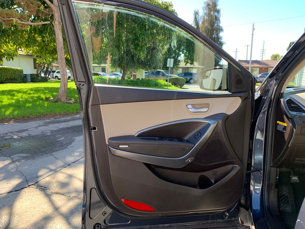 2017 Hyundai Santa Fe Sport 2.4L Automatic - 18574995 - 14
