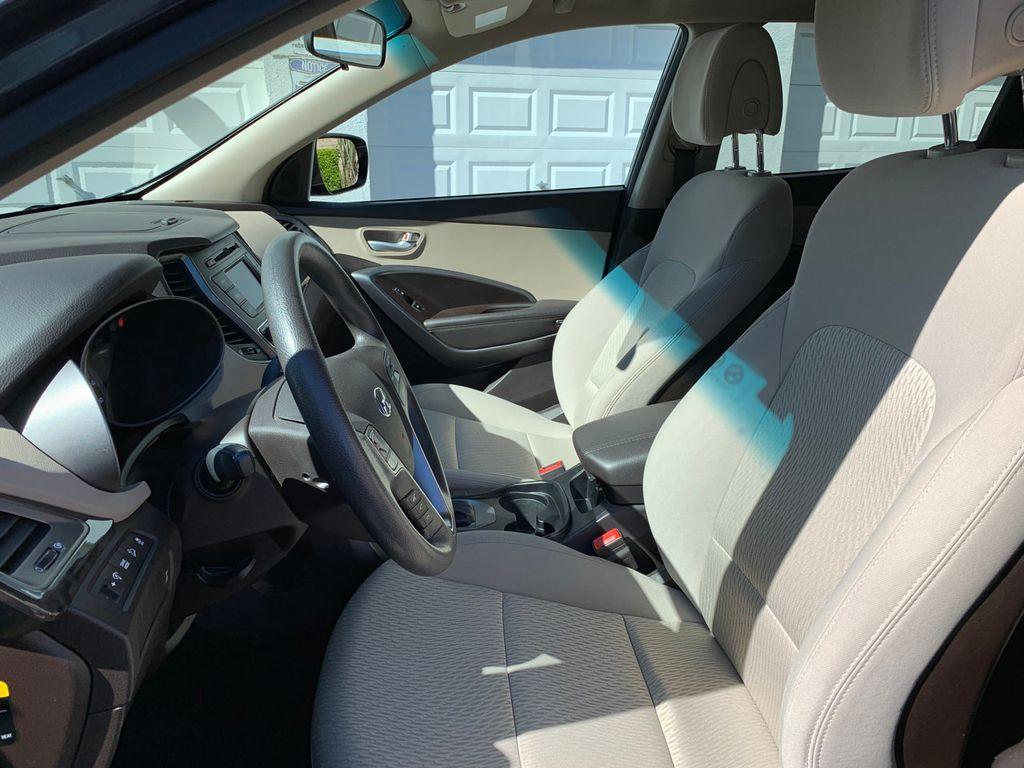 2017 Hyundai Santa Fe Sport 2.4L Automatic - 18574995 - 16