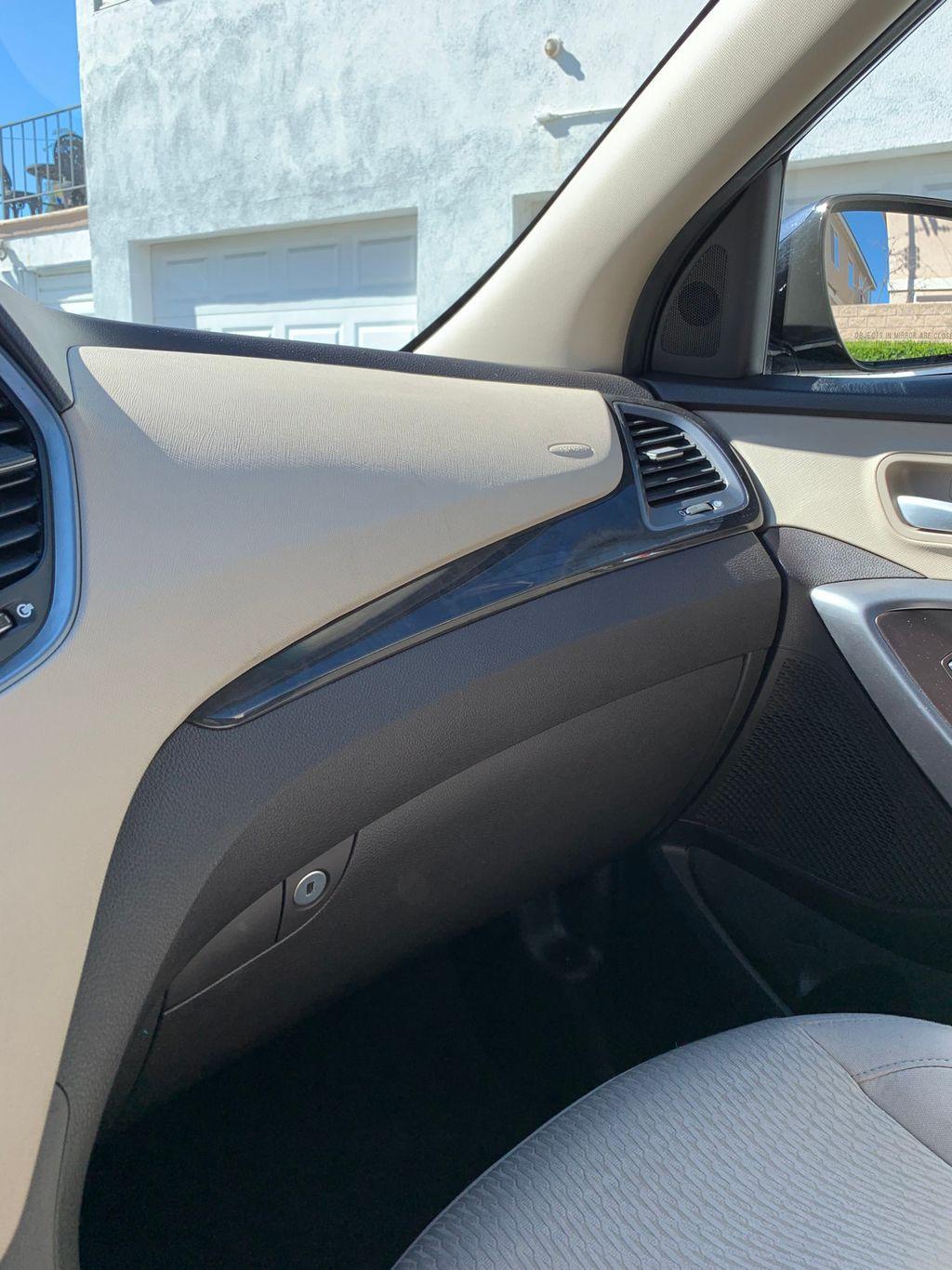 2017 Hyundai Santa Fe Sport 2.4L Automatic - 18574995 - 27