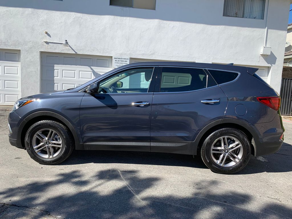 2017 Hyundai Santa Fe Sport 2.4L Automatic - 18574995 - 4