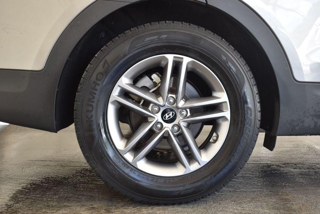 2017 Hyundai Santa Fe Sport 2.4L Automatic - 18093579 - 9