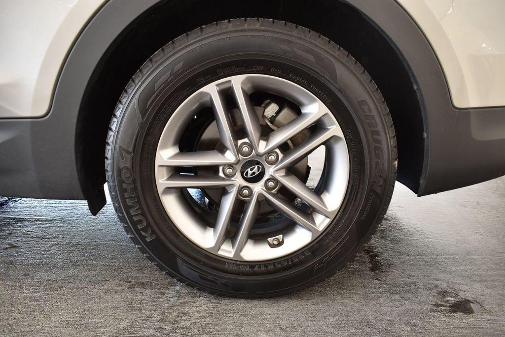 2017 Hyundai Santa Fe Sport 2.4L Automatic - 18093579 - 10