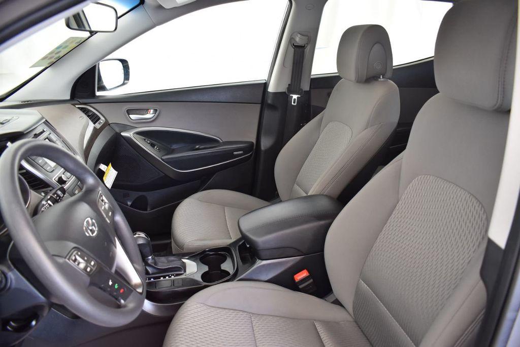 2017 Hyundai Santa Fe Sport 2.4L Automatic - 18093579 - 14