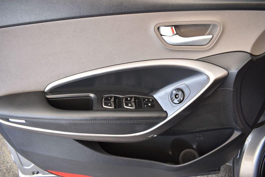 2017 Hyundai Santa Fe Sport 2.4L Automatic - 18093579 - 15