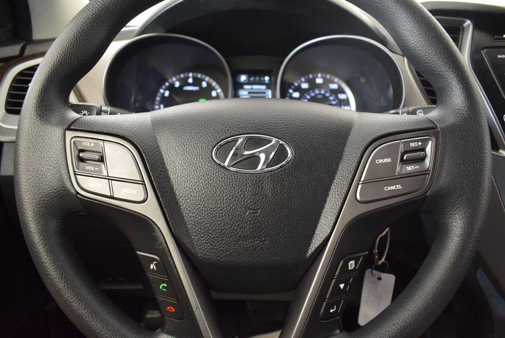 2017 Hyundai Santa Fe Sport 2.4L Automatic - 18093579 - 17