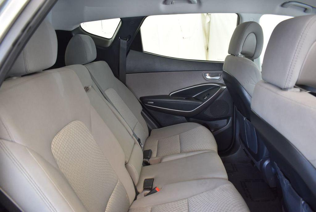 2017 Hyundai Santa Fe Sport 2.4L Automatic - 18093579 - 22