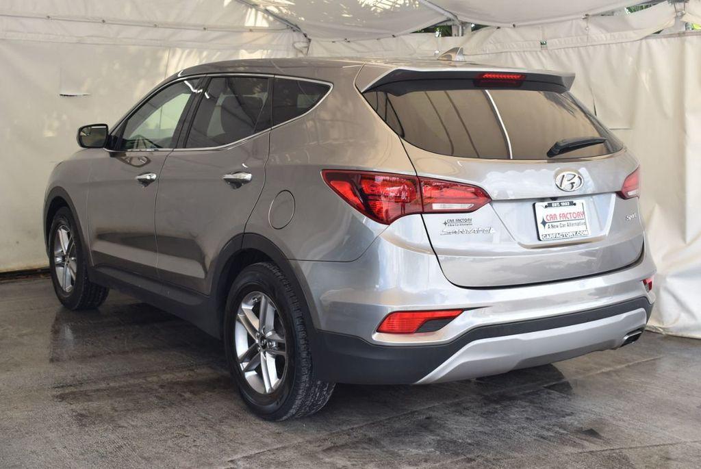 2017 Hyundai Santa Fe Sport 2.4L Automatic - 18093579 - 5