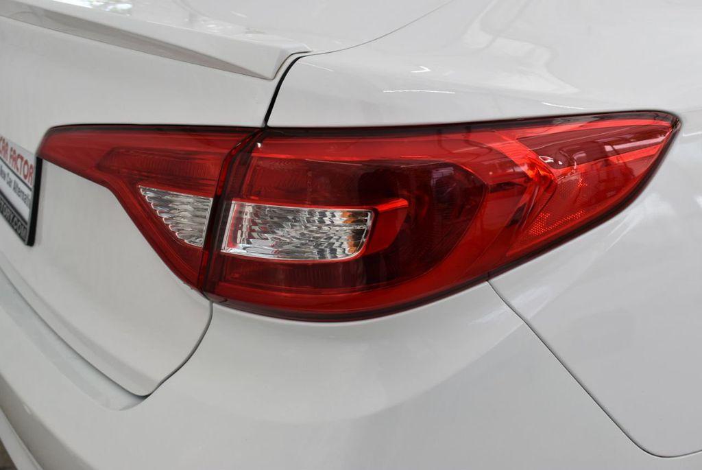 2017 Hyundai Sonata  - 18712677 - 1