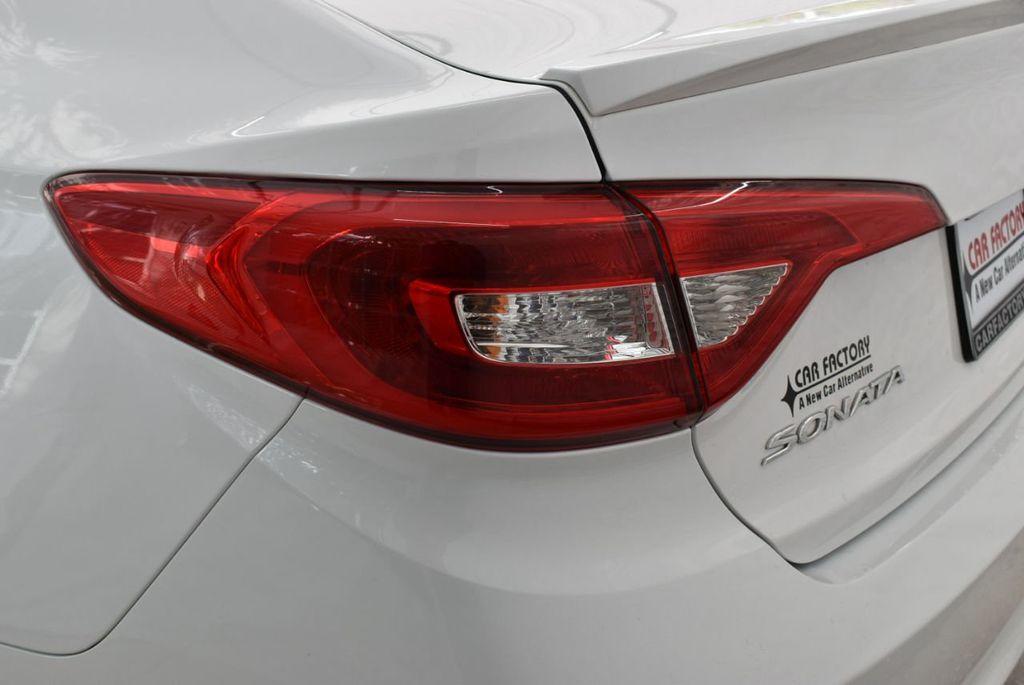 2017 Hyundai Sonata  - 18712677 - 4
