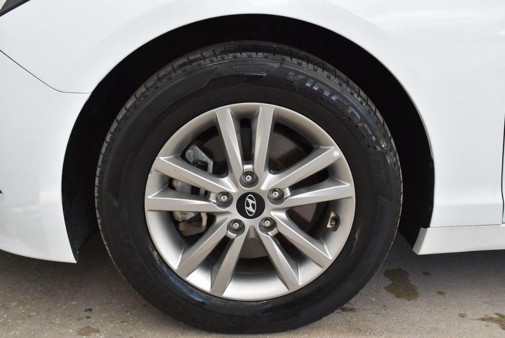 2017 Hyundai Sonata  - 18712677 - 6