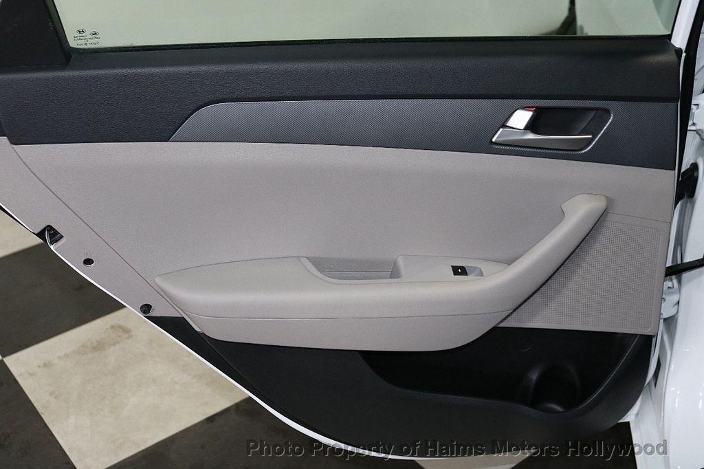 2017 Hyundai Sonata  - 18468410 - 10