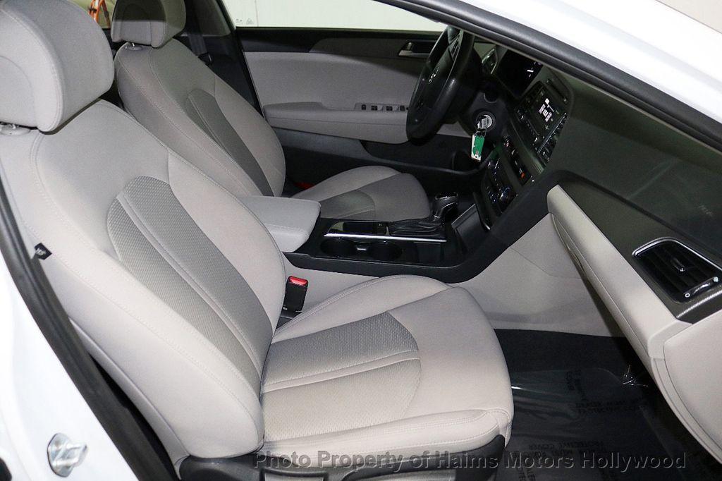 2017 Hyundai Sonata  - 18468410 - 13