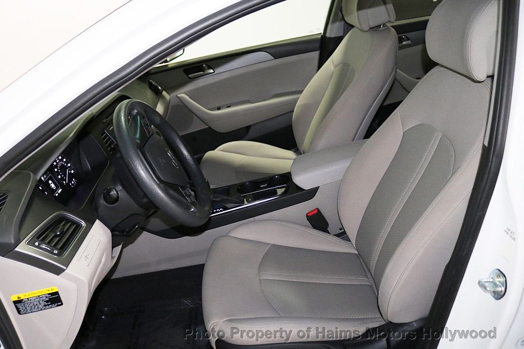 2017 Hyundai Sonata  - 18468410 - 16
