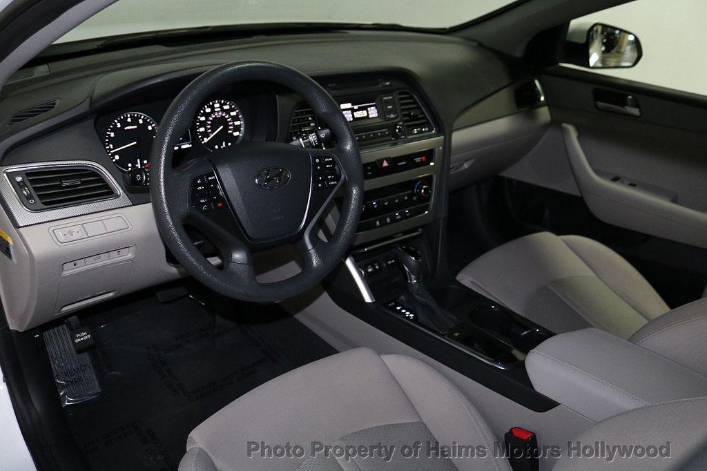 2017 Hyundai Sonata  - 18468410 - 17