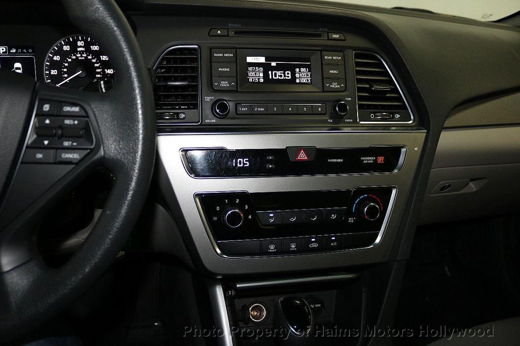 2017 Hyundai Sonata  - 18468410 - 18