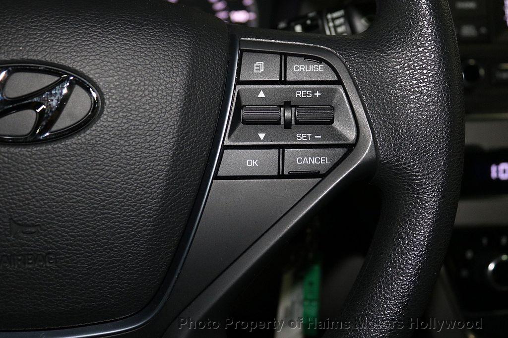 2017 Hyundai Sonata  - 18468410 - 23