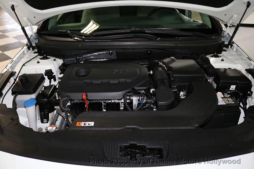 2017 Hyundai Sonata  - 18468410 - 28