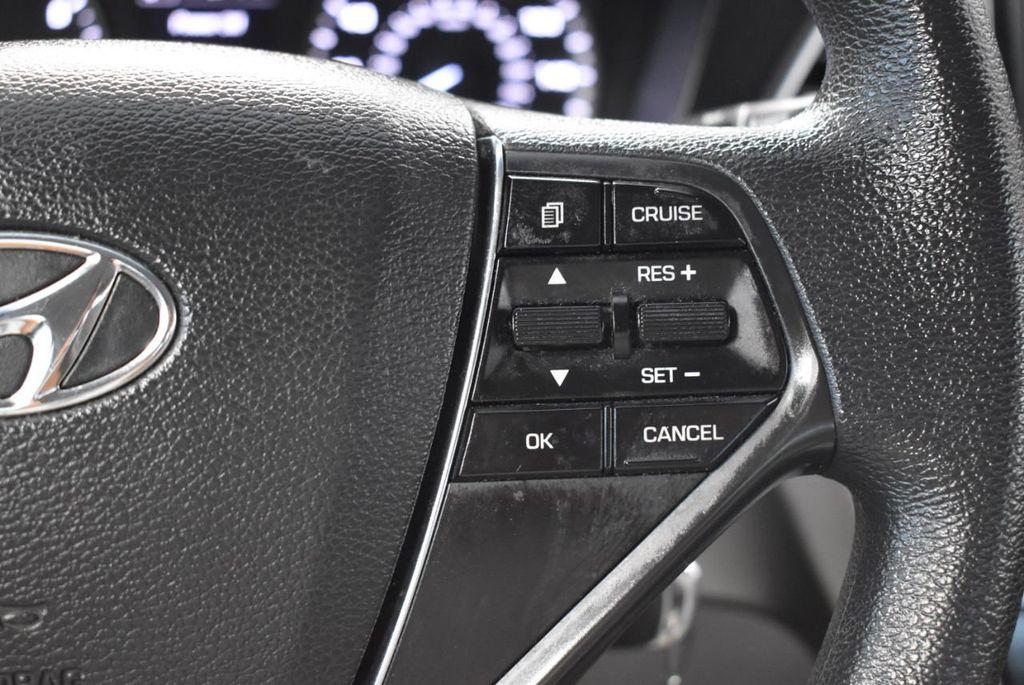 2017 Hyundai Sonata 2.4L - 18497654 - 16