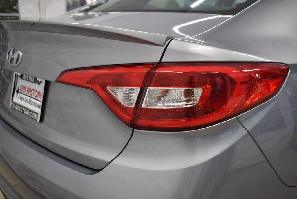 2017 Hyundai Sonata 2.4L - 18497654 - 1