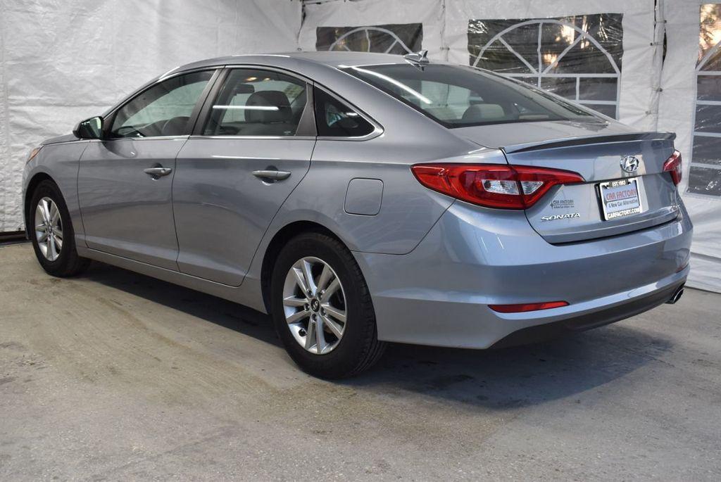 2017 Hyundai Sonata 2.4L - 18497654 - 3