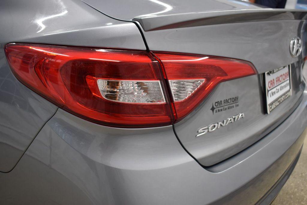 2017 Hyundai Sonata 2.4L - 18497654 - 4