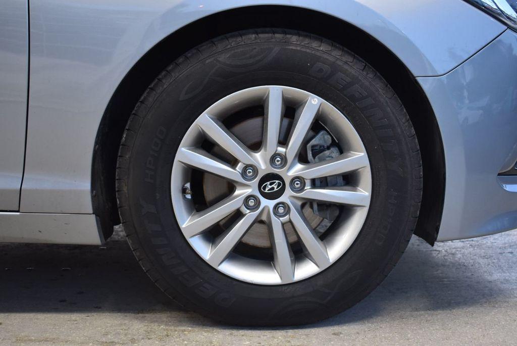 2017 Hyundai Sonata 2.4L - 18497654 - 6