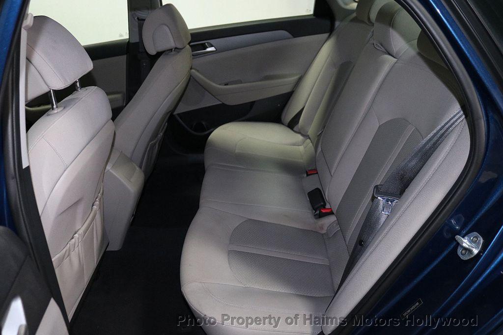 2017 Hyundai Sonata 2.4L - 18116869 - 14