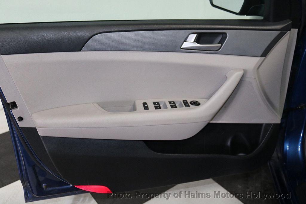 2017 Hyundai Sonata 2.4L - 18116869 - 8