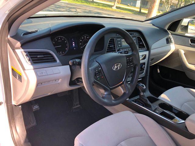 2017 Hyundai Sonata 2.4L - Click to see full-size photo viewer