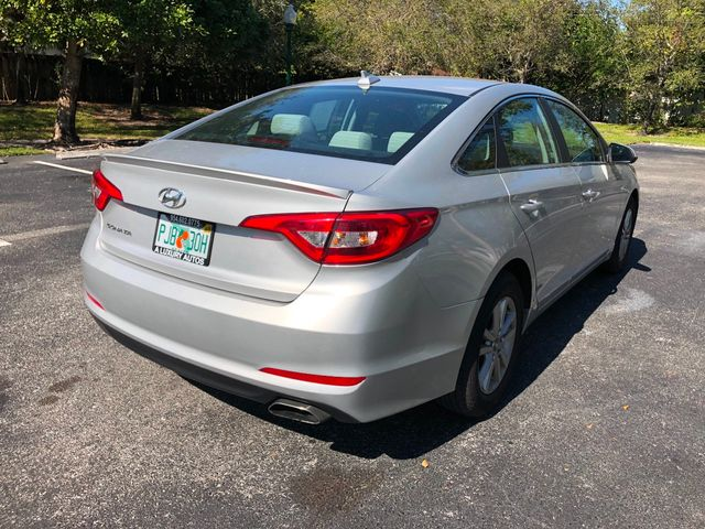 2017 Hyundai Sonata 2.4L - Click to see full-size photo viewer