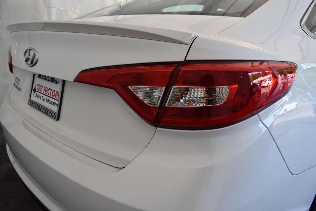 2017 Hyundai Sonata 2.4L - 18171089 - 1
