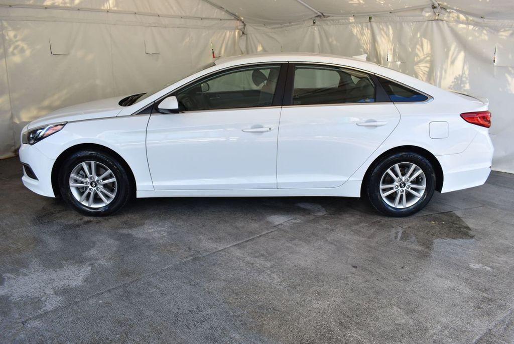 2017 Hyundai Sonata 2.4L - 18171089 - 4